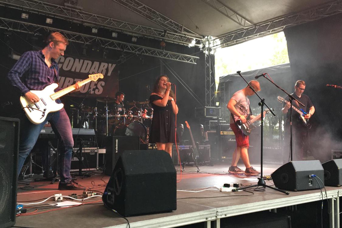 Secondary Virtues beim Sandhasen-Rock